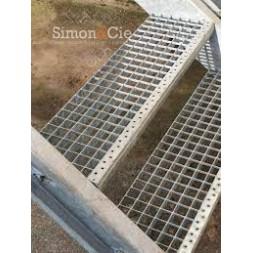 Caillebotis marche escalier galvanisé 270 x 800mm