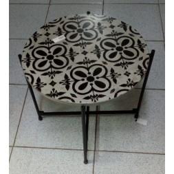 Table peinte en fibre de ciment